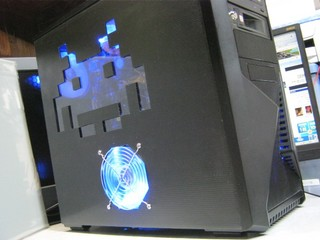 2011-09-11_Z9PLUS_SidePanel_Invader_02.JPG