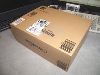 20091227_マウスと電池の箱.jpg