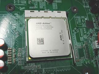 2010-10-24_ML115G5_CPUクーラー取外し_02.jpg