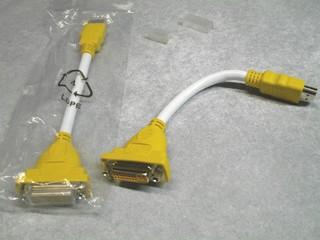 2010-11-14_HDMI_DVI_cable.jpg