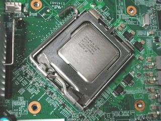 2010-11-21_CPU_change_07.JPG