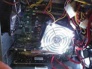 20100727_電源投入時のCPUファン.jpg