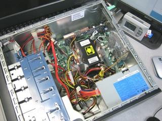 2011-06-26_ML110G5_W500-SA_02.JPG