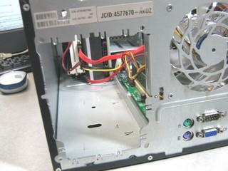 2011-07-17_ML115G5_電源交換_19.jpg