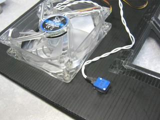 2011-09-05_ML115G5_SidePanel_12.JPG