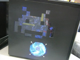 2011-09-11_Z9PLUS_SidePanel_Invader_33.JPG