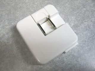 2011-12-24__USB_AC_アダプタ_04.JPG