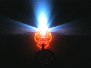 2013-01-28_LED-LIGHT-with-holder_35.JPG