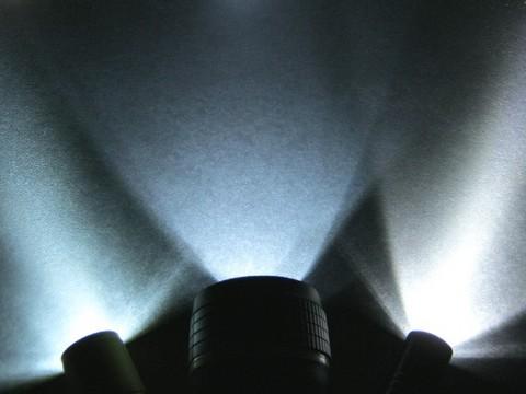 2013-02-11_3LED_FLASH_LIGHT_BIG_54.JPG