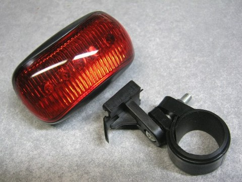 2013-02-13_5LED_REAR_LIGHT_06.JPG