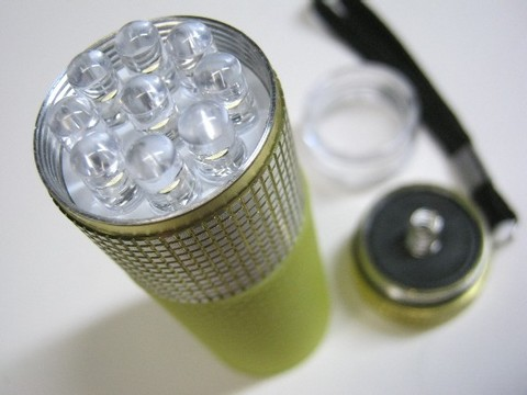 2013-03-22_9LED_SILICONE_LIGHT_22.JPG
