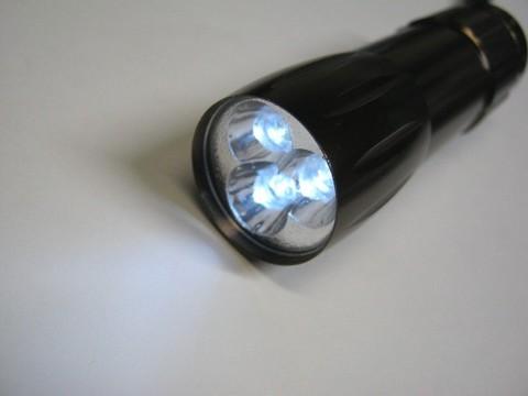 2013-04-16_Test_Battery_LED_09.JPG