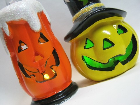 2013-09-20_HALLOWEEN-ORNAMENT_01.JPG