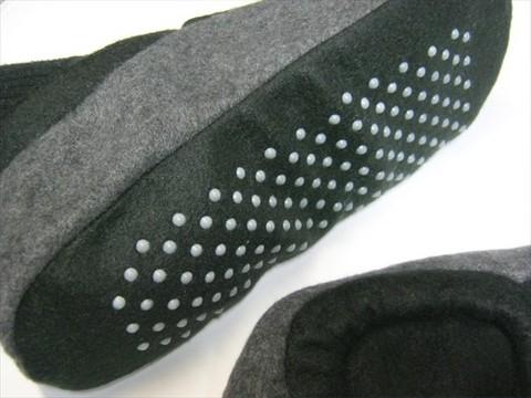 2013-11-17_fleece-room-socks_15.JPG